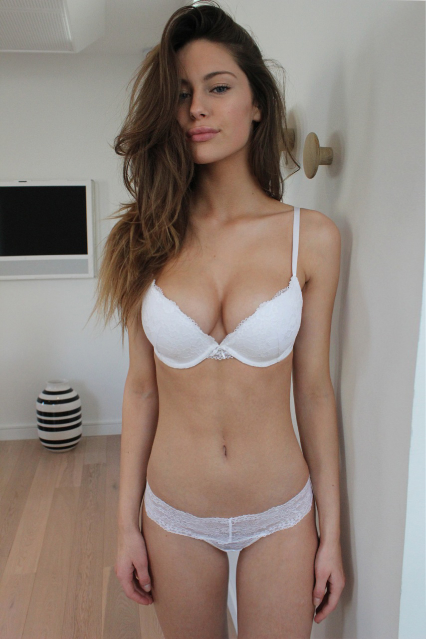 hot naked babes thread